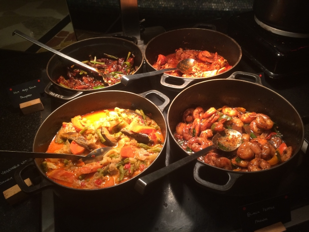 The other gravies included, Pomfret, Black pepper prawns and vegetable stew..